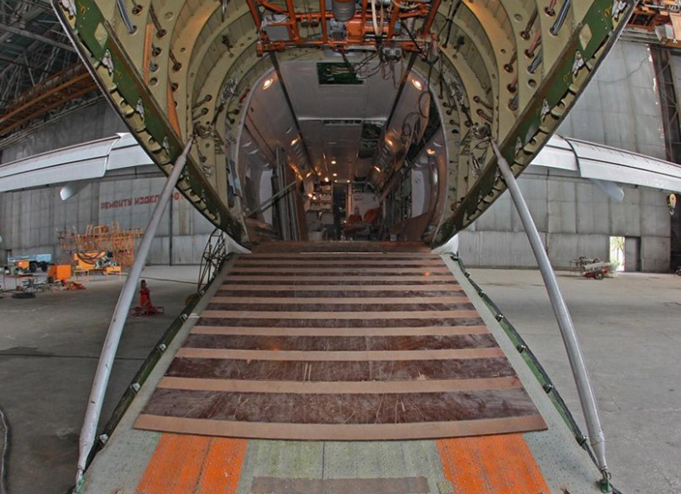 An-74-cargo