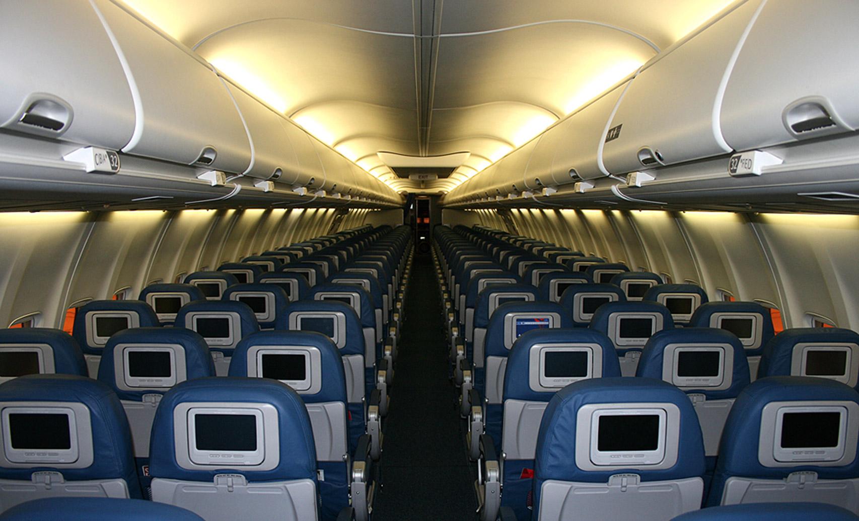 B737-cabin1